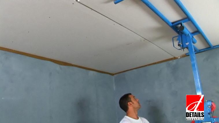 Se aplica placa de gips carton pe tavan